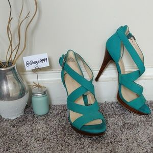 Turquoise blue leather Nine West Heels/Sandals 7 M